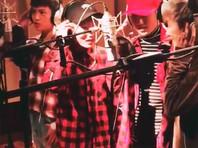 Участники китайской мальчиковой поп-группы признались, что являются девушками (ВИДЕО)