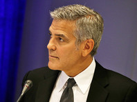Джордж Клуни приехал в дом престарелых, чтобы поздравить поклонницу с 87-летием