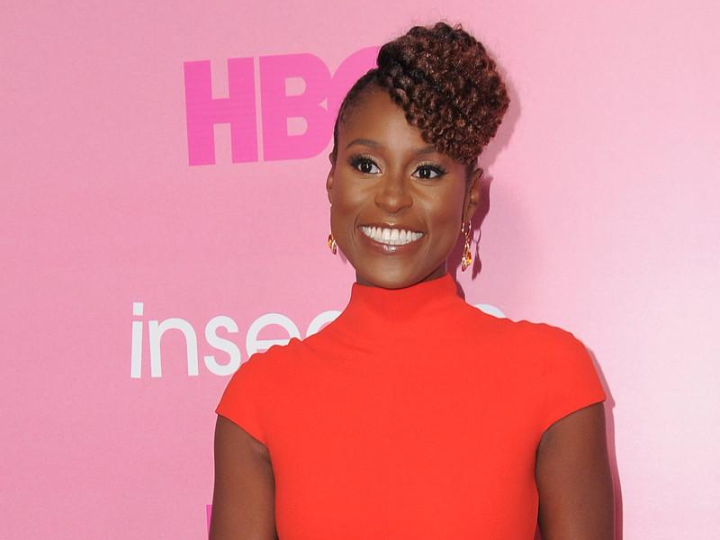 """Американская актриса Иса Рэй сообщила, когда на телеканале HBO состоится премьера второго сезона сериала """"Белая ворона"""", в котором она играет главную роль"""