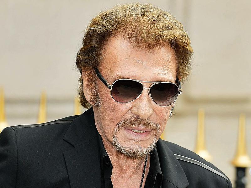 Легенда французской рок-музыки Джонни Холлидей страдает онкологическим заболеванием и в настоящее время проходит курс лечения по этому поводу