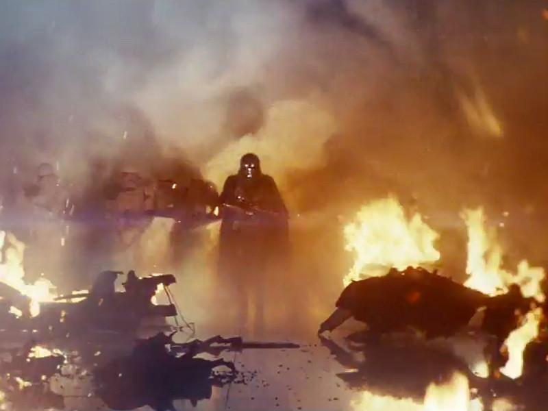 """Создатели """"Звездных войн"""" опубликовали официальный трейлер восьмой части космической саги """"Звездные войны: Последний джедай"""" (Star Wars: The Last Jedi). Премьера картины запланирована на 15 декабря 2017 года"""
