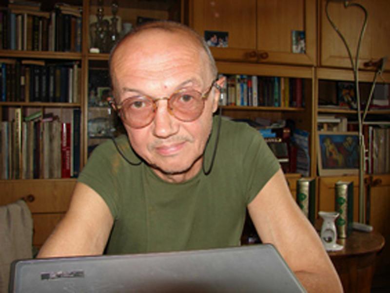 Российский переводчик Сергей Ильин на 69-м году жизни умер в Москве в ночь на 24 апреля