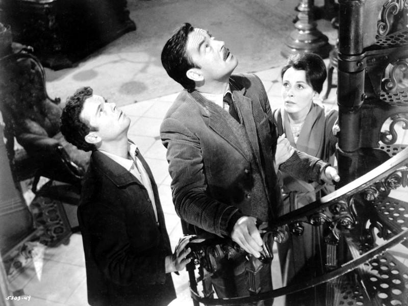 "Кадр из фильма ""Призрак дома на холме"" 1963 года"