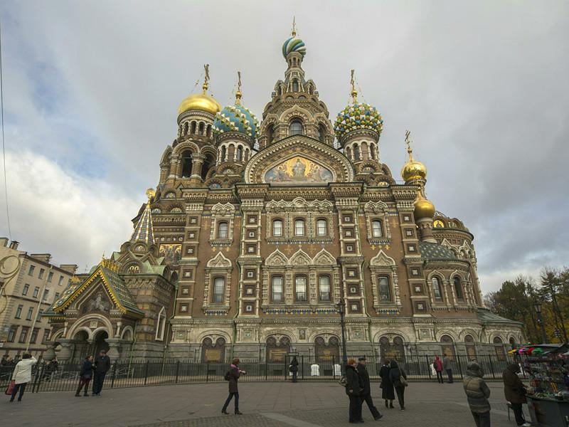 Одна из самых известных достопримечательностей Петербурга храм Спаса-на-Крови вошел в список 25 лучших культурных объектов, который ежегодно составляет сайт о путешествиях TripAdvisor