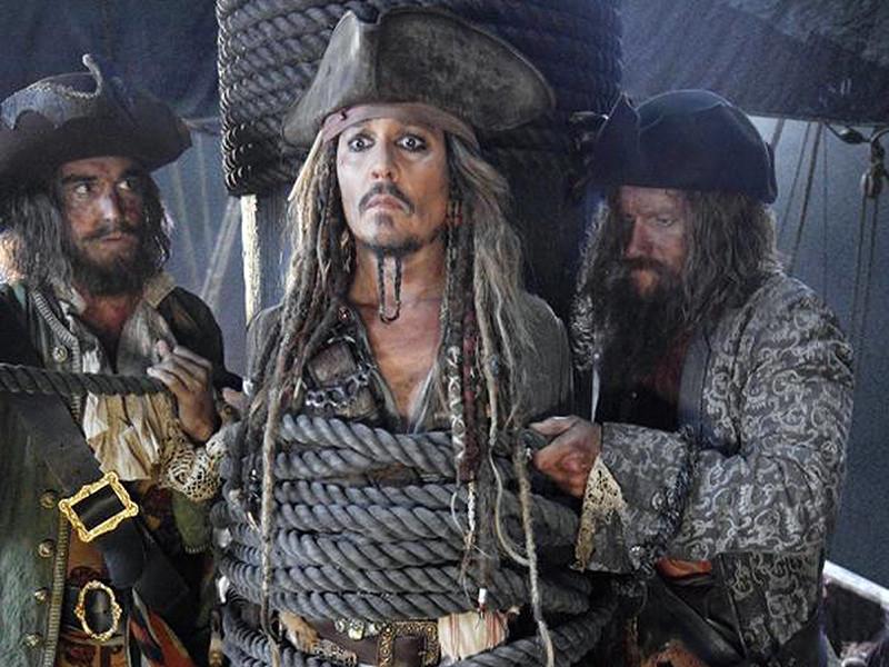 """Распространенные на прошлой неделе заявления хакеров о том, что они получили доступ к фильму """"Пираты Карибского моря: Мертвецы не рассказывают сказки"""" и готовы выложить ленту в сеть, если студия не заплатит выкуп, оказались блефом"""