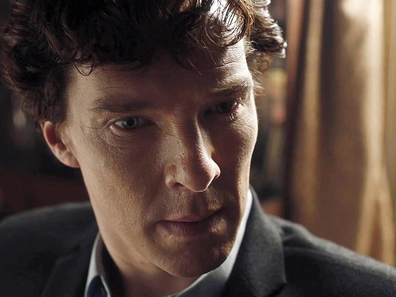 """Создатели сверхпопулярного сериала BBC """"Шерлок"""" вновь взялись интриговать поклонников. Стивен Моффат намекнул на возможность появления пятого сезона шоу - когда он сам, Марк Гэттис и другие члены команды завершат текущие проекты"""