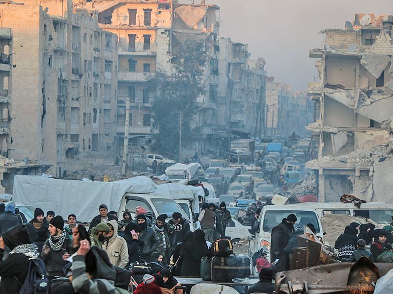 """Писательница Лала Минасян-Мискарян презентовала свою книгу """"Сирийский дневник"""", в которой на армянском языке описала страдания жителей Алеппо во время оккупации сирийского города боевиками"""