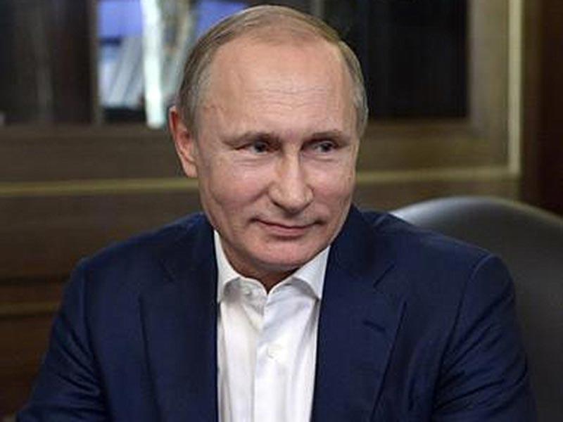Президент РФ Владимир Путин ни разу не посмотрел от начала до конца фильм Оливера Стоуна, сделанный на основе его многочасовых интервью и вышедший недавно на канале Showtime