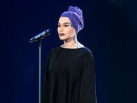 На открытии ММКФ Наргиз Закирова исполнит песню представителя МИДа Марии Захаровой (ВИДЕО)