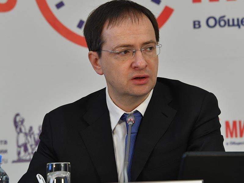 Министр культуры РФ Владимир Мединский с возмущением заявил, что современные авторы не способны создать образы, закладывающие базовые представления о добре и зле