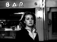 Легенда французского кинематографа Жанна Моро найдена мертвой в Париже