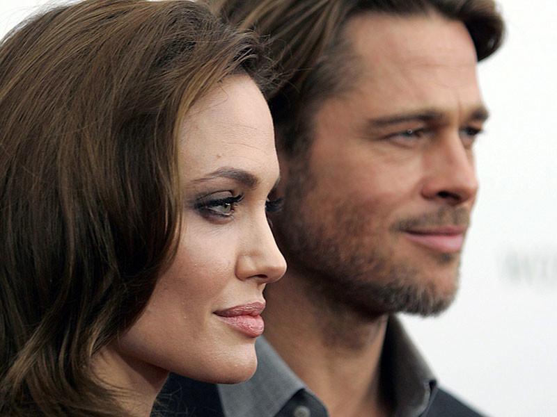 Анджелина Джоли и Брэд Питт встретились, поплакали и решили снова быть вместе