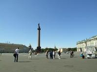 """Пиотровский посетовал на большое количество массовых мероприятий на Дворцовой площади. """"Мы в этом году проиграли битву за Дворцовую площадь, потому что на сторону врагов встал город. Практически все, кто устраивает там свои шабаши, - это все городские организации"""