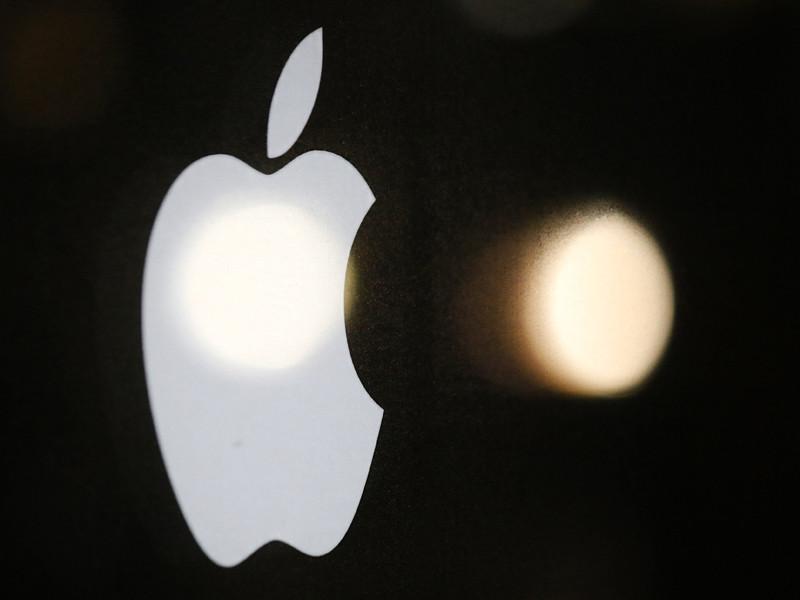 В компании Apple отказались от намерения взять биографический сериал про Элвиса Пресли из-за сексуального скандала вокруг основателя Miramax и The Weinstein Company Харви Вайншейна