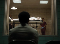 """В Нью-Йорке на Comic Con был представлен первый трейлер нового сериала """"Касл-РОк"""", который Джей Джей Абрамс снимает по произведениям Стивена Кинга"""