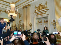 """Сообщение секретаря Шведской академии Сары Даниус о награждении Кадзуо Исигуро по традиции было встречено криками """"Наконец-то!"""""""