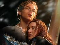 """Джеймс Кэмерон окончательно утопил Ди Каприо в """"Титанике"""": """"Он должен был умереть"""""""