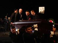 Народный артист СССР Леонид Броневой, который скончался 9 декабря на 89-м году жизни, похоронен в Москве на Новодевичьем кладбище, недалеко от могил художника Ильи Глазунова и актера Владимира Зельдина