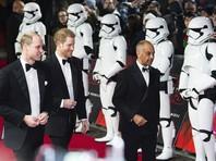 """Британские принцы Уильям и Гарри посетили лондонскую премьеру восьмого эпизода """"Звездных войн"""", в котором снялись в ролях штурмовиков"""