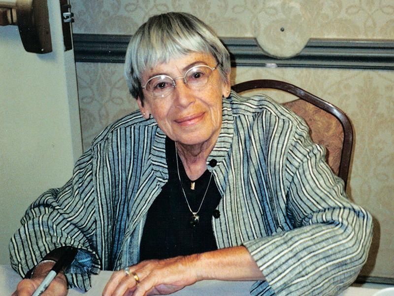 Писательница Урсула Ле Гуинн скончалась в Портленде на 89-м году жизни