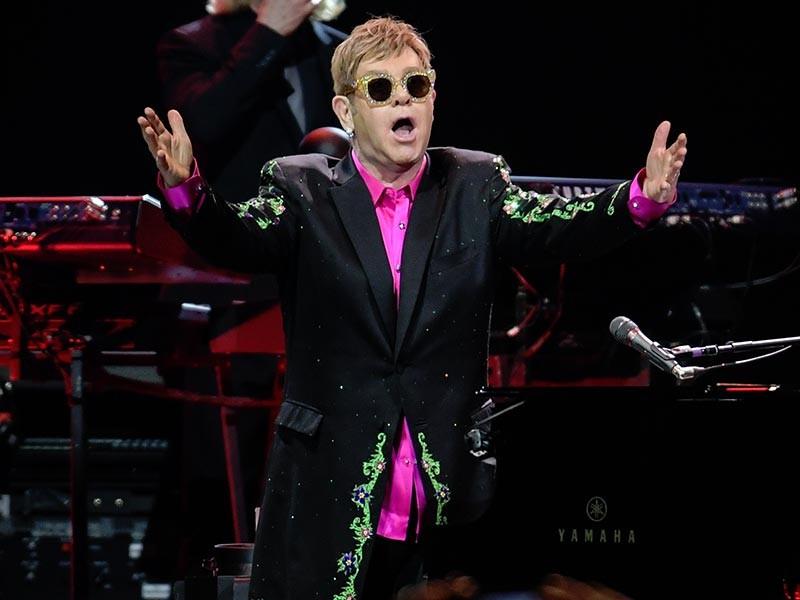 Знаменитый британский поп-музыкант Элтон Джон в среду, 24 января, заявил о завершении своей почти полувековой гастрольной карьеры