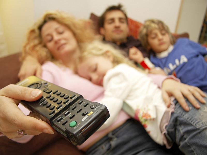 Ученые исследовательского университета, расположенного в Миннеаполисе (крупнейшем городе американского штата Миннесота) установили, что запойный просмотр сериалов повышает риск возникновения тромбоза