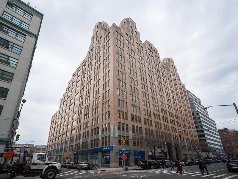 Киностудия Weinstein Company (TWC) братьев Боба и Харви Вайнштейнов, объявившая о своем банкротстве, задолжала немалые суммы десятку российских компаний