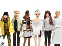 """Американская компания Mattel представила линейку """"Вдохновляющие женщины"""", в которую вошли 17 новых кукол Барби, прототипами которых стали самые известные женщины"""