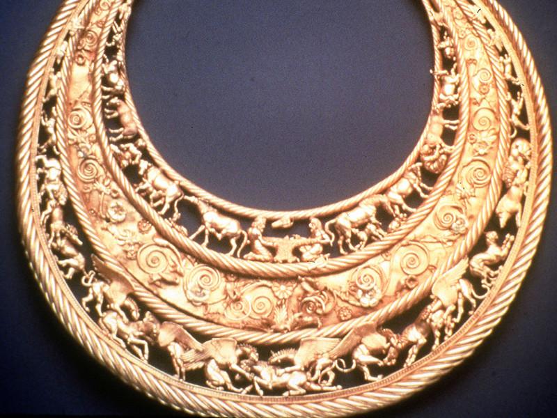 Киев утверждает, что суд Амстердама решил передать золото скифов из музеев Крыма Украине. РФ: это неверная интерпретация решения суда