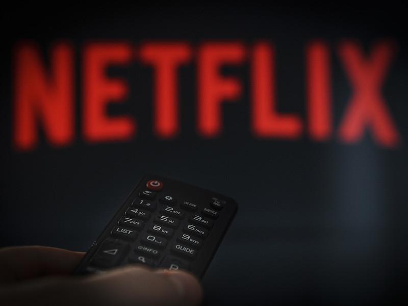 Американский стриминговый канал Netflix объявил о бойкоте Кансского кинофестиваля. Сервис оскорбило правило о том, что в конкурсную программу допускаются лишь фильмы, которые вышли в широкий прокат во Франции