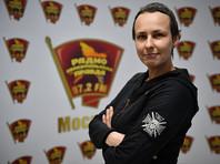 Чичерина известна своей открытой поддержкой самопровозглашенных Донецкой и Луганской народных республик в Донбассе. Она не раз выступала с концертами в регионе, а в 2017 году ей выдали паспорт самопровозглашенной ЛНР