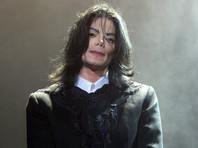 50-летний Майкл Джексон скончался 25 июня 2009 года от передозировки пропофола и последовавшего за этим сердечного приступа. Доктор Конрад Мюррей был осужден в 2011 году на четыре года за непредумышленное убийство певца - суд признал его виновном в том, что он дал музыканту чрезмерную дозу препарата пропофол