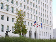 Прокуратура округа Лос-Анджелес (штат Калифорния) начала проверку в отношении спецпредставителя МИД РФ по вопросам российско-американских гуманитарных связей - американского актера с российским гражданством Стивена Сигала