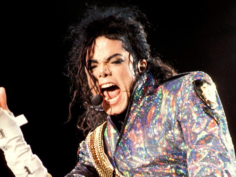 """Из сериала """"Симпсоны"""" удалили часть с голосом Майкла Джексона из-за обвинений в педофилии"""