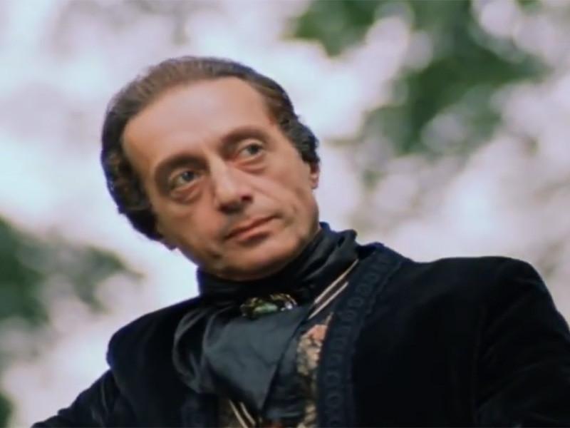 """В Тбилиси в возрасте 87 лет умер актер Нодар Мгалоблишвили, известный по роли графа Калиостро в фильме Марка Захарова """"Формула любви"""""""
