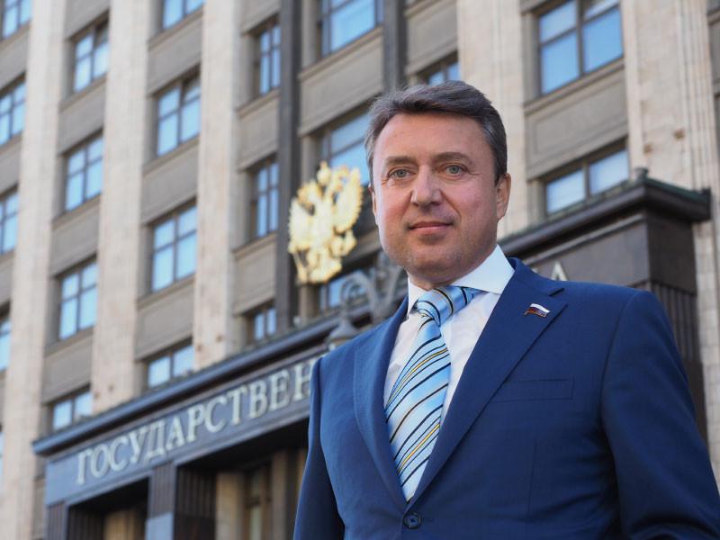 В ответах ведомств на запрос депутата Госдумы Анатолия Выборного  говорится, что в большинстве случаев выступления отменяли сами организаторы