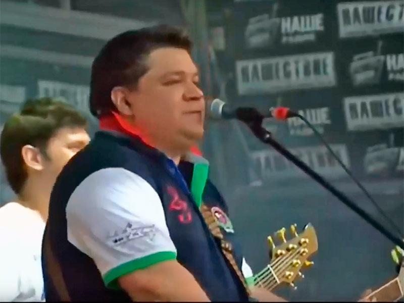 """Основатель и солист группы """"Високосный год"""" Илья Калинников скончался в Москве на 47 году жизни"""