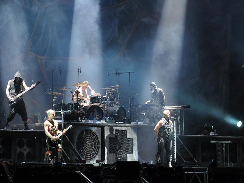 Эксперты изучили тексты песен рок-группы Rammstein: немецкие бруталы чаще всего поют о любви