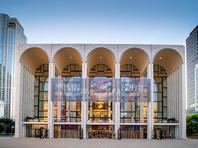 """""""Метрополитен-опера подтверждает, что Пласидо Доминго согласился отменить все будущие выступления"""", - указали там, подчеркнув, что решение вступает в силу немедленно. Отмечается, что театр и артист пришли к взаимному соглашению"""