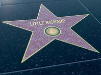"""В 1986 году Литтл Ричард в числе первых был включен в Зал славы рок-н-ролла. В 1993 году он стал лауреатом премии """"Грэмми"""" за жизненные достижения"""