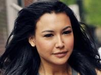 """В США без вести пропала актриса Ная Ривера, звезда музыкального сериала Glee (в российском прокате - """"Хор""""). Ее четырехлетний сын был обнаружен в лодке посреди озера Пиру, которое находится к юго-западу от Лос-Анжелеса (Калифорния)"""