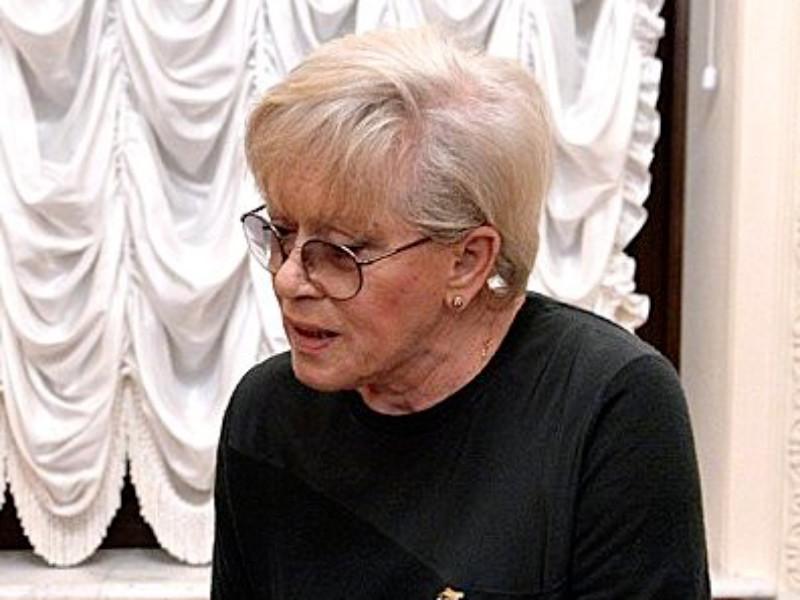 Алиса Фрейндлих госпитализирована в Петербурге с коронавирусом