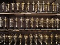 Помимо картины Кончаловского, в шорт-лист попали фильмы из Боснии и Герцеговины, Чили, Чехии, Дании, Франции, Гватемалы, Ирана, Кот-д'Ивуара, Мексики, Норвегии, Румынии и Туниса, - всего 15 картин