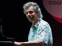 В США на 80м году жизни скончался известный джазовый клавишник Чик Кориа