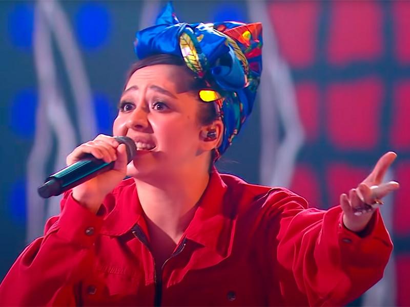 На песню и выступление певицы Манижи пожаловались в СК