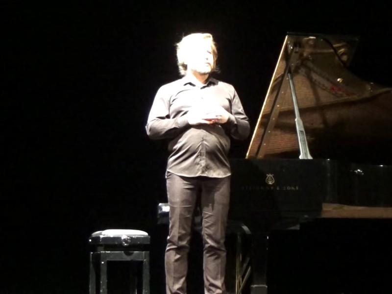 Тимофей Казанцев произнес речь на концерте, который прошел в Новосибирской филармонии 16 марта и был приурочен к 120-летию со дня рождения пианистки Веры Лотар-Шевченко
