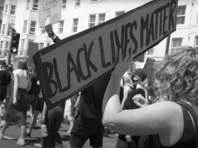Песней года объявлена композиция I Can't Breathe исполнительницы H.E.R., посвященная протестам, вспыхнувшим в США после гибели чернокожего Джорджа Флойда
