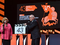 Режиссер Никита Михалков на церемонии открытия 43-го Московского международного кинофестиваля на Пушкинской площади, 22 апреля 2021 года