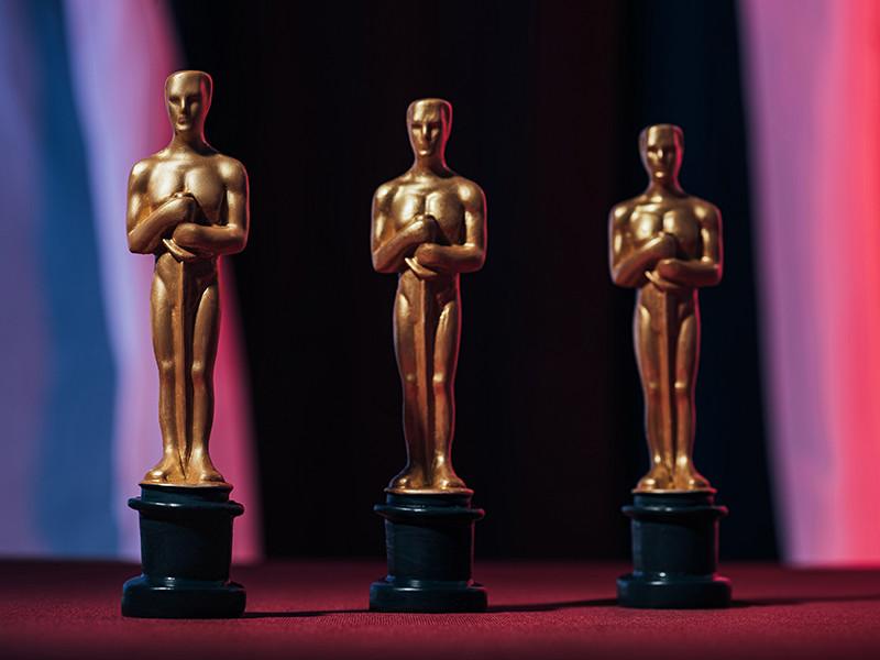 """В Лос-Анджелесе в театре Dolby Theatre в ночь с воскресенья на понедельник прошла 93-я церемония награждения лауреатов премии американской киноакадемии """"Оскар"""""""