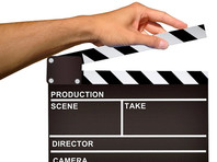 Киноиндустрия и стриминговые сервисы, не относящиеся к числу углеродных отраслей, оказались крайне вредными, так как производят миллионы тонн углеродных выбросов в год